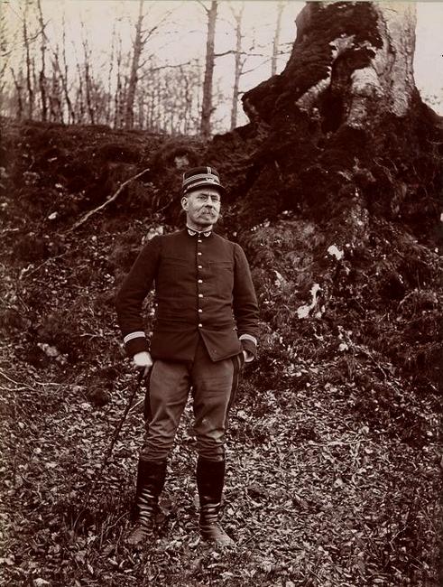 Monsieur Sergent - Tiré de l'ouvrage L'Equipage du marquis de Chambray - Photos de Maurice de Gasté (1894) - Bnf (Gallica)