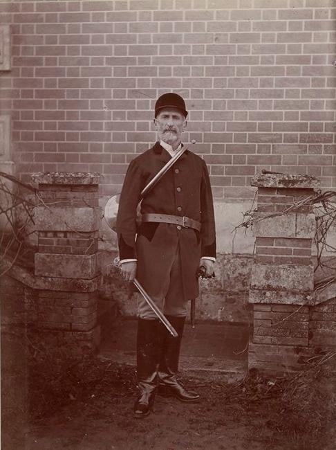 Le comte de Rostolan - Tiré de l'ouvrage L'Equipage du marquis de Chambray - Photos de Maurice de Gasté (1894) - Bnf (Gallica)