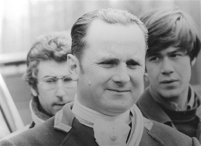 Saison 1974-1975 - Jacky Naudin, Frédéric de Bordas - Photo de Georges Hallo - Don de M. J.-G. Hallo à la Société de Vènerie