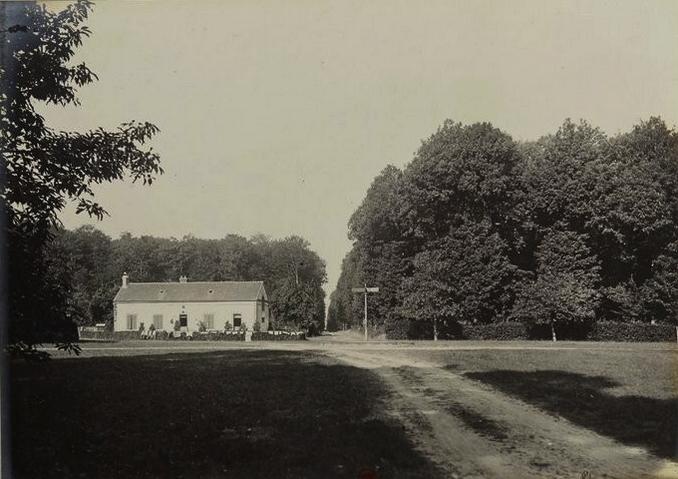 Le Rond du Roi - Tiré de l'ouvrage L'Equipage du marquis de Chambray - Photos de Maurice de Gasté (1894) - Bnf (Gallica)