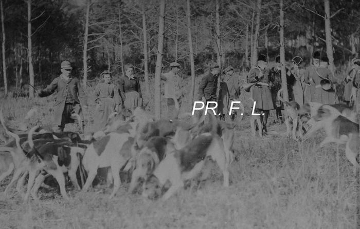 Equipage de Fontaine-Henri - Don de M. F. Longuet à la Société de Vènerie - 1