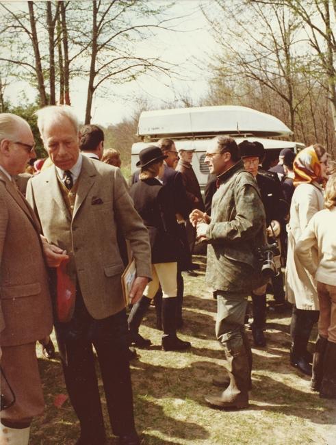 15 avril 1972 - Photo de Georges Hallo - Don de M. J.-G. Hallo à la Société de Vènerie