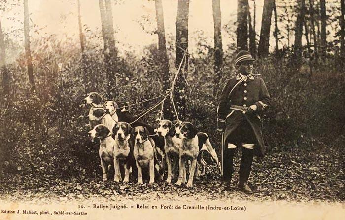Carte postale (1900-1914) - Don à la Société de Vènerie - Rallye Juigné
