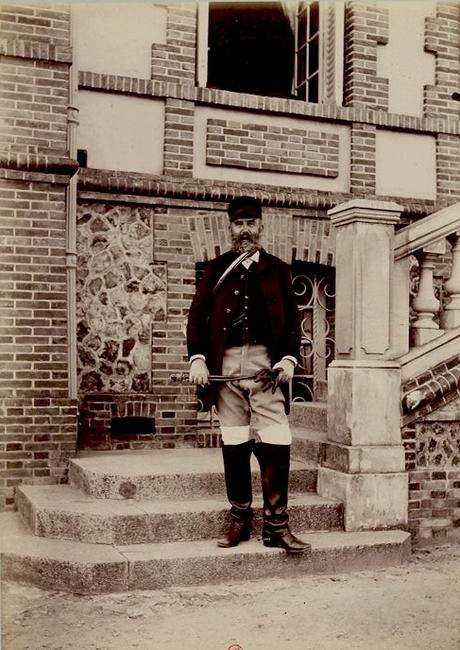 R. Avenel - Tiré de l'ouvrage L'Equipage du marquis de Chambray - Photos de Maurice de Gasté (1894) - Bnf (Gallica)