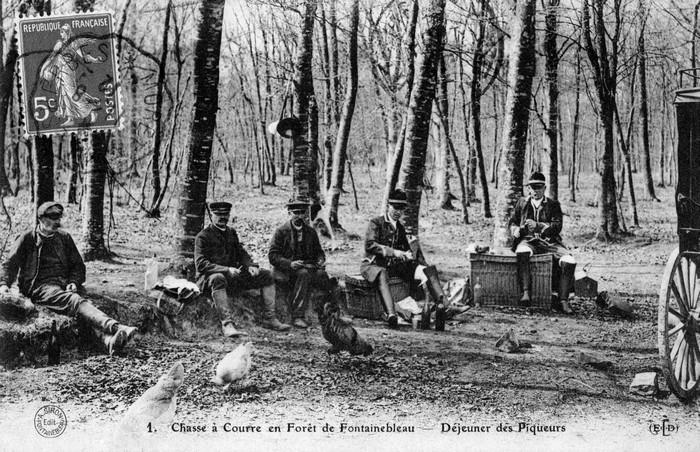 En forêt de Fontainebleau - Don de M. P. Mauranges à la Société de Vènerie