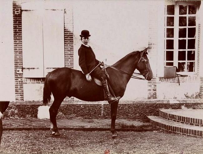 Raymond Morgon - Tiré de l'ouvrage L'Equipage du marquis de Chambray - Photos de Maurice de Gasté (1894) - Bnf (Gallica)
