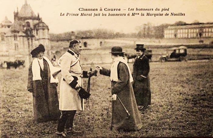 Carte postale (1900-1914) - Don à la Société de Vènerie - Rallye Chambly