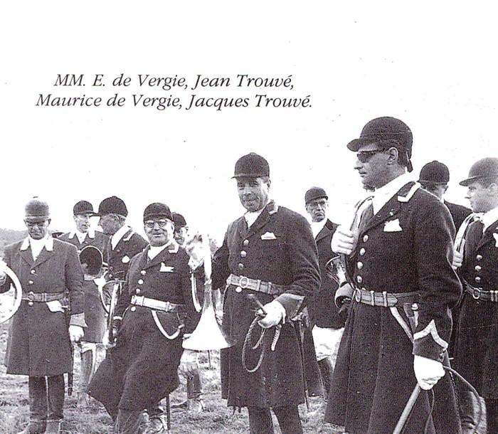 Tayaut Rallie (3) - Tiré de l'ouvrage Deux Siècles de Vènerie à travers la France - H. Tremblot de la Croix et B. Tollu (1988)