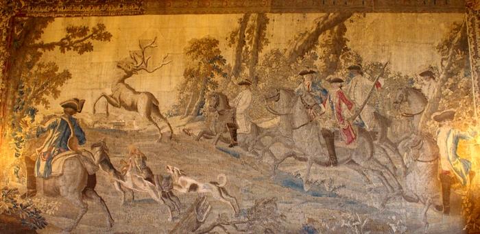 Tapisserie d'Aubusson (XVIIIe s.), exposée au château d'Azay-le-Ferron (Photo : courtoisie) - www.chateau-azay-le-ferron.com (2)