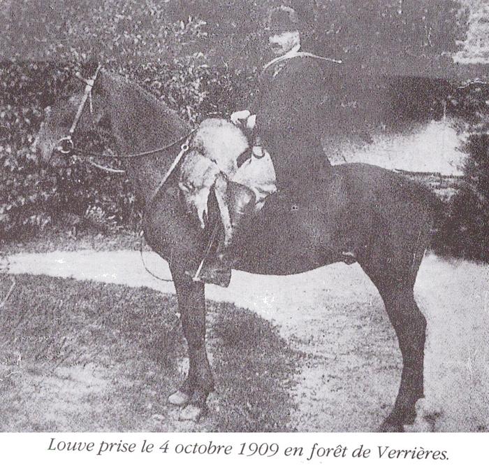 Julien Bost-Lamondie (2) - Tiré de l'ouvrage Deux Siècles de Vènerie à travers la France - H. Tremblot de la Croix et B. Tollu (1988)