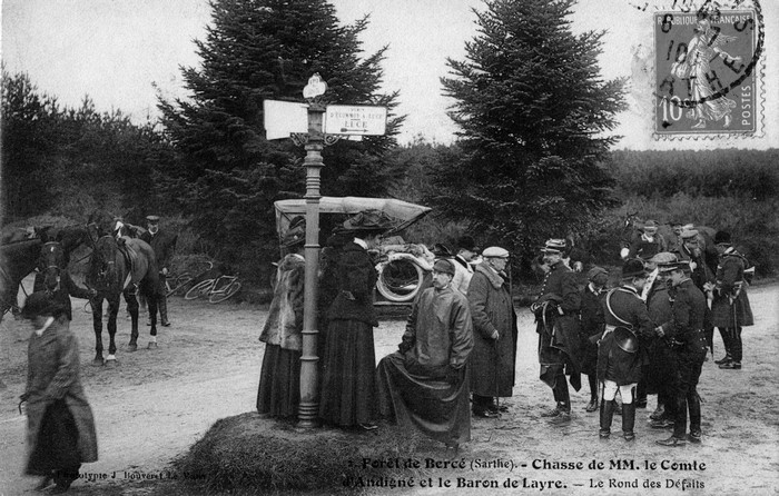 Trois équipages (Champchevrier, Rallyes Bercé et Sapinette) en forêt de Bercé - Don de M. P. Mauranges à la Société de Vènerie - 5