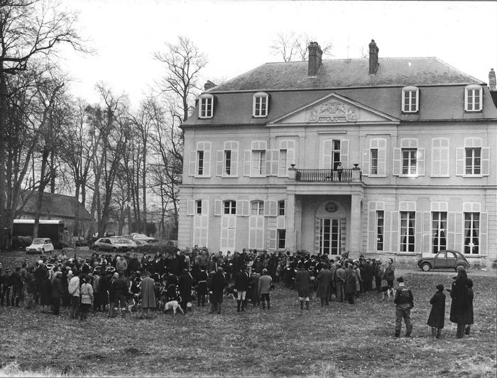 27 février 1982 - A La Victoire - Photo de Georges Hallo - Don de M. J.-G. Hallo à la Société de Vènerie